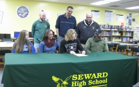 Sieverts Signs With Valley City State